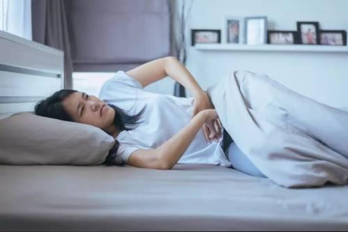 每个月都在床上痛的死去活来 8个妙招帮你快速止痛