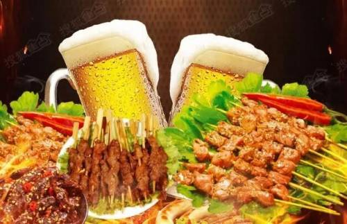 健康头条  美食  大量喝啤酒大口吃海鲜,会引起痛风和发生尿路结石.