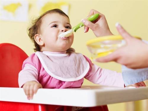 """""""可是对于现在的小孩子来说,吃饱已经不是什么问题了,所以小小完全不"""