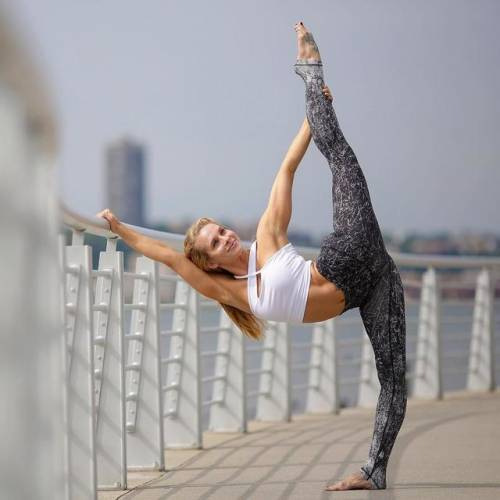 身体太僵硬,做不了瑜伽?图片