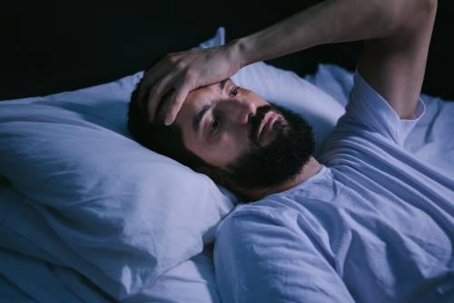 晚上睡觉就像在放电影,让人心烦意乱。拿药膏帮你!