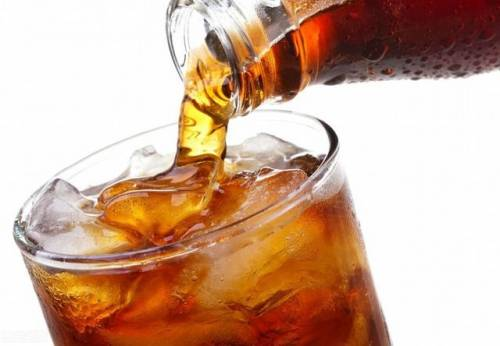 常喝可乐有助于防治肾结石?看看专家怎么说