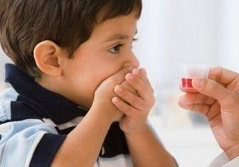 """宝宝咳嗽的时候,到底能不能吃""""发物""""?儿科医生这样说"""