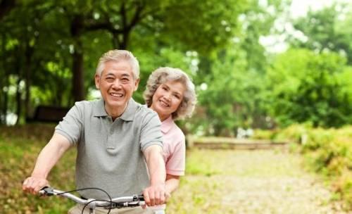 研究发现:决定长寿的因素,不是多运动,也与烟酒无关,早作了解