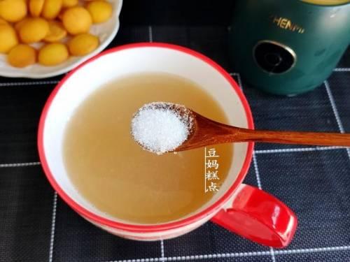 秋天,多给家人煮这汤,清甜好喝,去燥防咳嗽