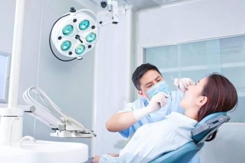 牙疼起来要人命,牙髓炎疼痛难忍,牙髓炎和牙周炎的区别是什么