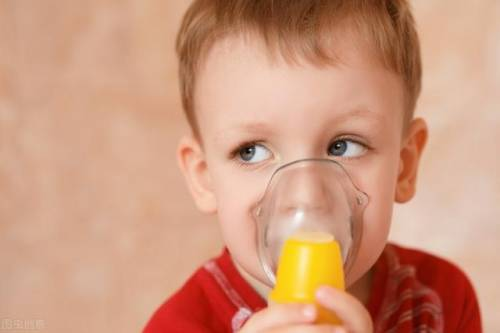 孩子秋冬季老咳嗽:比雾化管用100倍的方法,试试看?