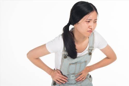 """慢性盆腔炎其实一直""""潜伏""""在女性身边,这4个症状说明你受害了"""