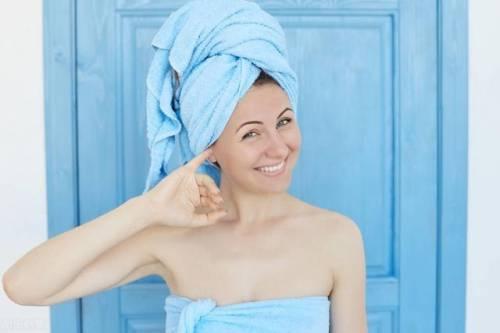 洗完澡立刻睡觉,会影响睡眠吗?7种洗澡方式很伤身,要尽早改掉