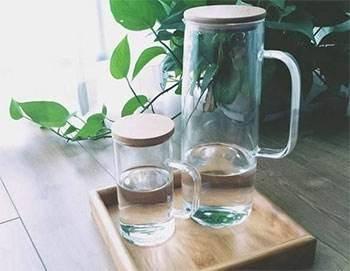 饭后到底能不能喝水?关于喝水的这3个问题,都给你说清楚了