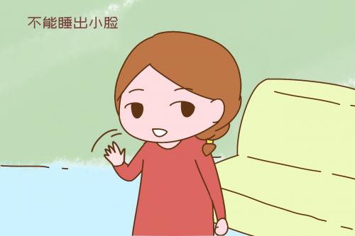 欧美孩子比中国孩子脸小,是因为从小趴睡?这下可找到原