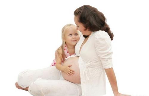 当孩子问:是从你的肚脐走出来吗?聪明妈妈是如何回答。