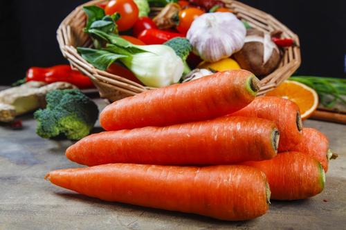 人到中年想要长寿,常吃3种食物,可使身体受益、收获健
